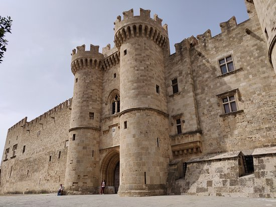 grand magister palace in rhodes old town