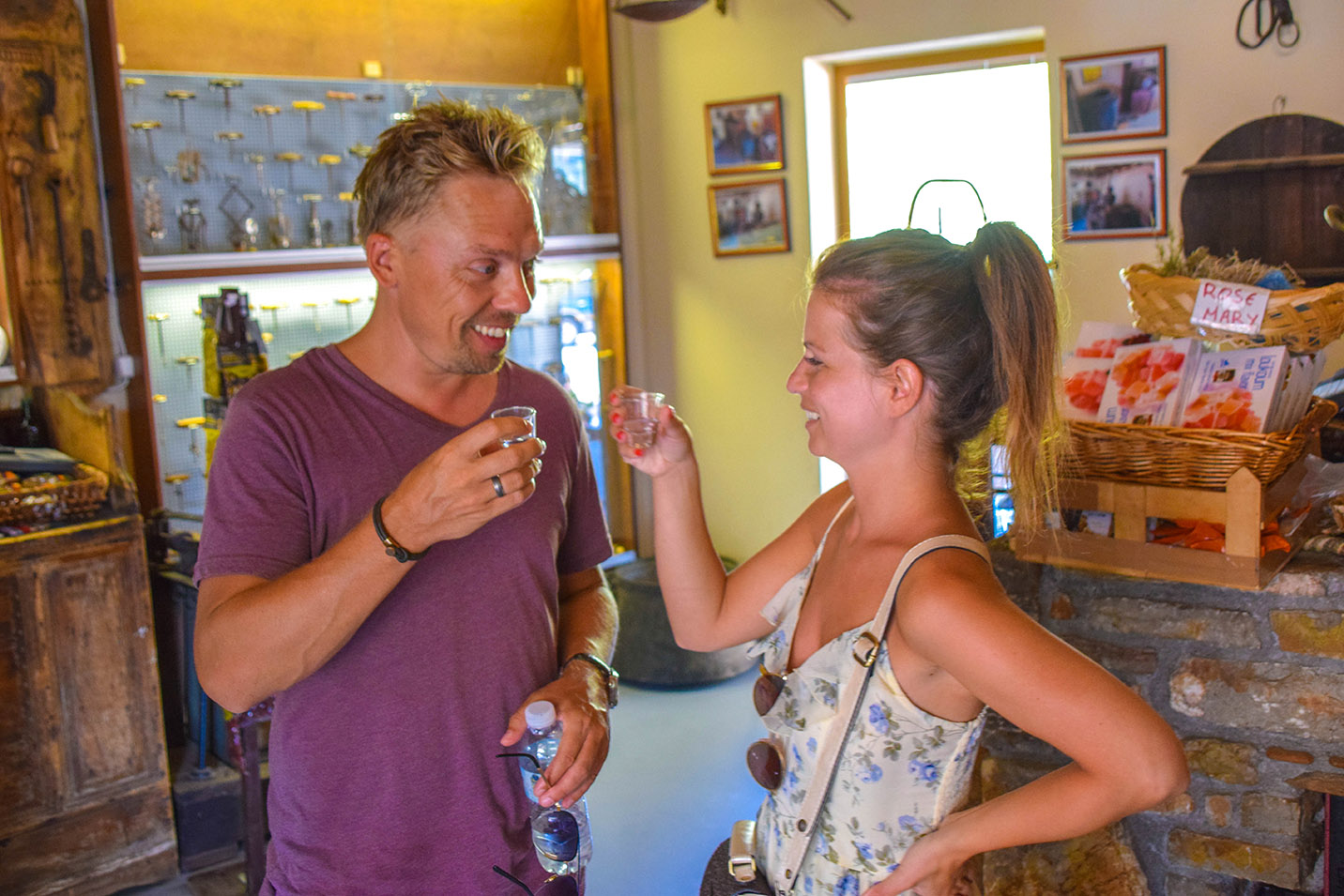 wine tasting in rhodes island