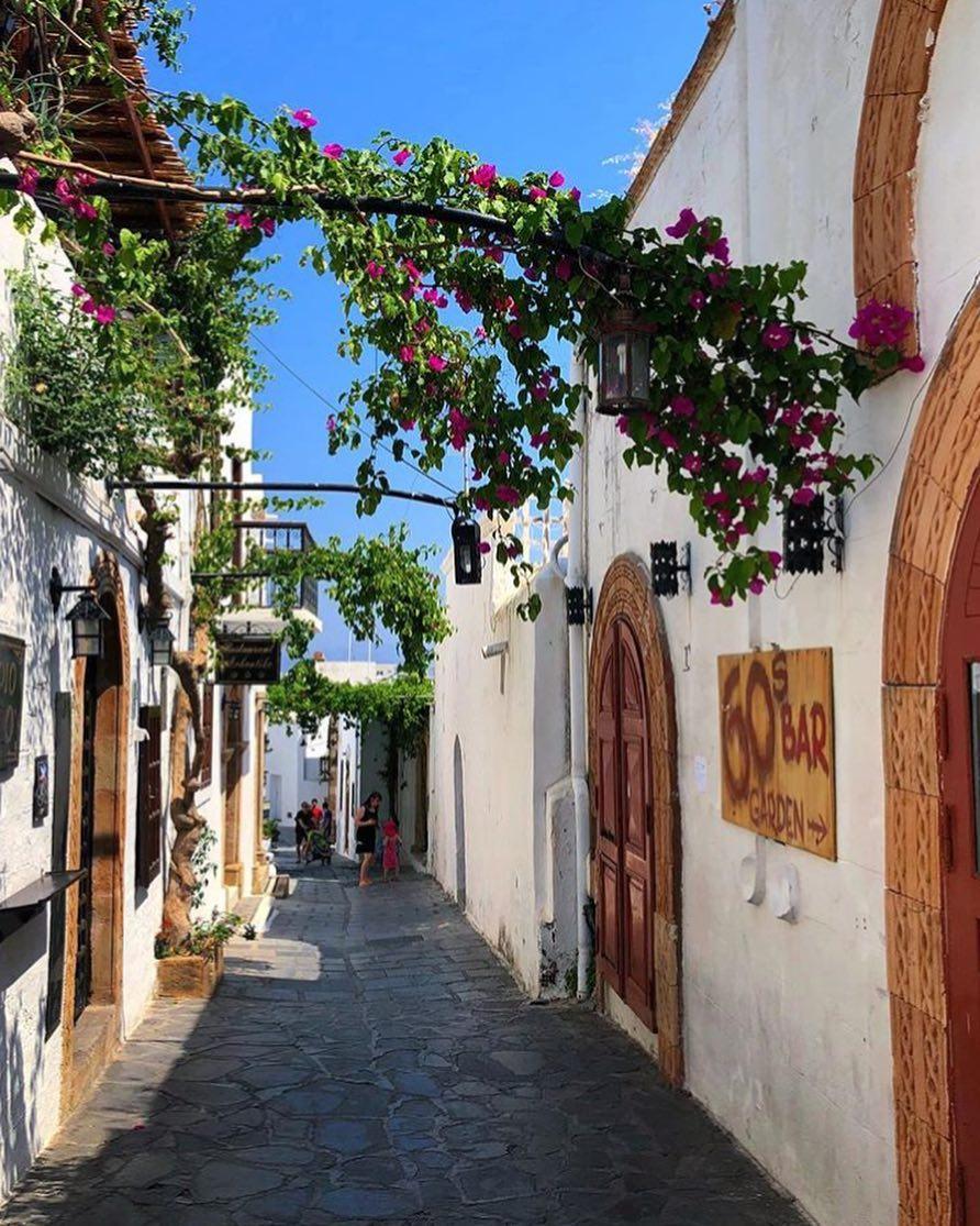 lindos village alley