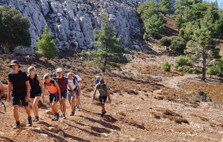 mountain akramitis hiking tours